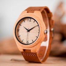 Oxford, el reloj de bambú que apenas notas en tu mano
